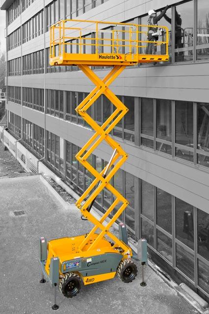Scissor Lifts: haulotte-ha10dx-4wd